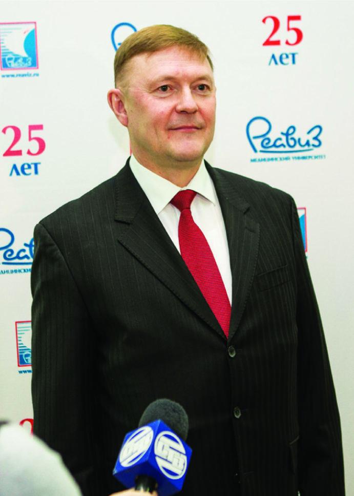 Медицинскому университету «Реавиз» 25 лет. Награды и герои